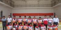 """""""清洁环境卫生 确保居民健康""""横县红十字志愿者在行动(图) - 红十字会"""