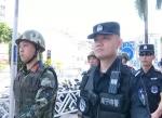 """国庆假日""""警""""相随  巡防尽责保平安 - 公安局"""