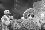 """童话人偶剧诠释""""美""""的含义  《丑小鸭新传》让小观众假期添快乐 - 文化厅"""